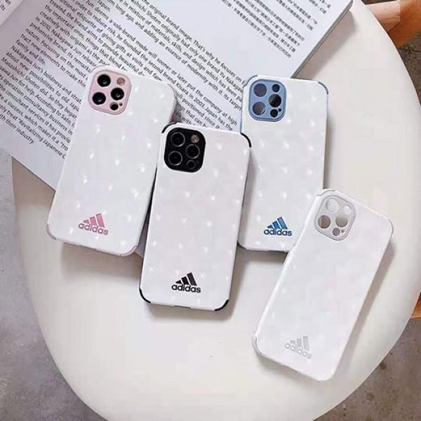 アディダス iphone 12 mini/12 pro max/11 pro max/se2ケース ins風 ブランド シンプル 三本線 ADIDAS 四角保護 ホワイト色 モノグラム トレフォイル ジャケット型 アイフォン12/12 pro/11/11 pro/x/xs/xr/8/7カバー メンズ レディース