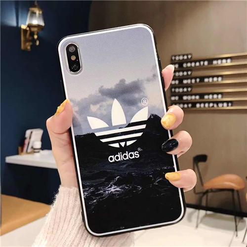 Adidas ブランド iphone 12/12 pro/12 mini/12 pro max/11/11 pro/11 pro max/se2ケース スポーツ風 クローバー 景色プリント アディダス トレフォイル 三つ葉 アイフォン